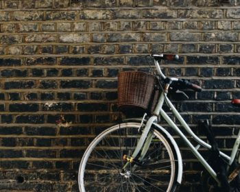 bike-wall-brick-wall
